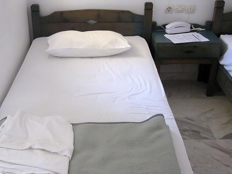 Elotia łóżko