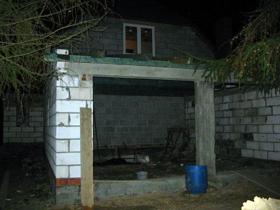 Garaż - wejścia i belki
