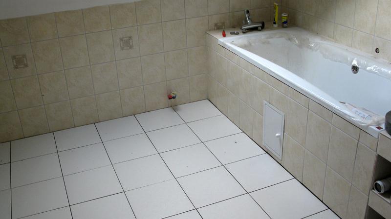 Kafelki w łazience na górze