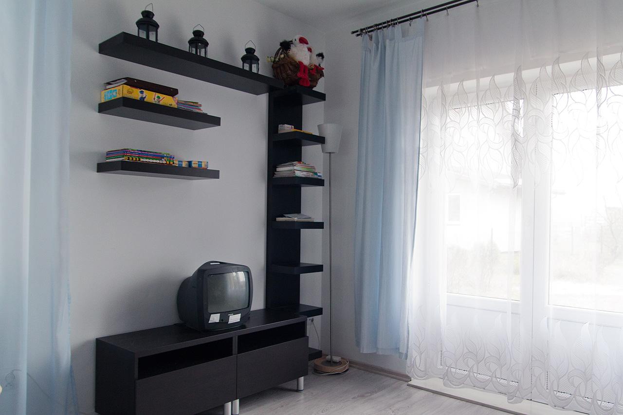 Półki i meble pod tv
