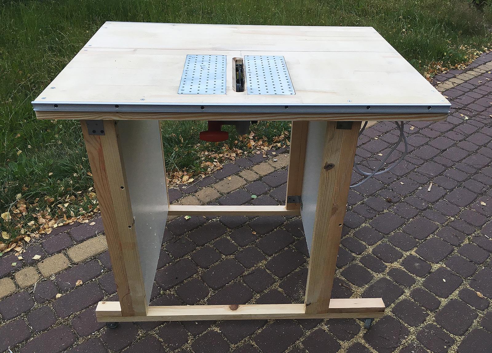 Stół do drewna z pilarki ręcznej