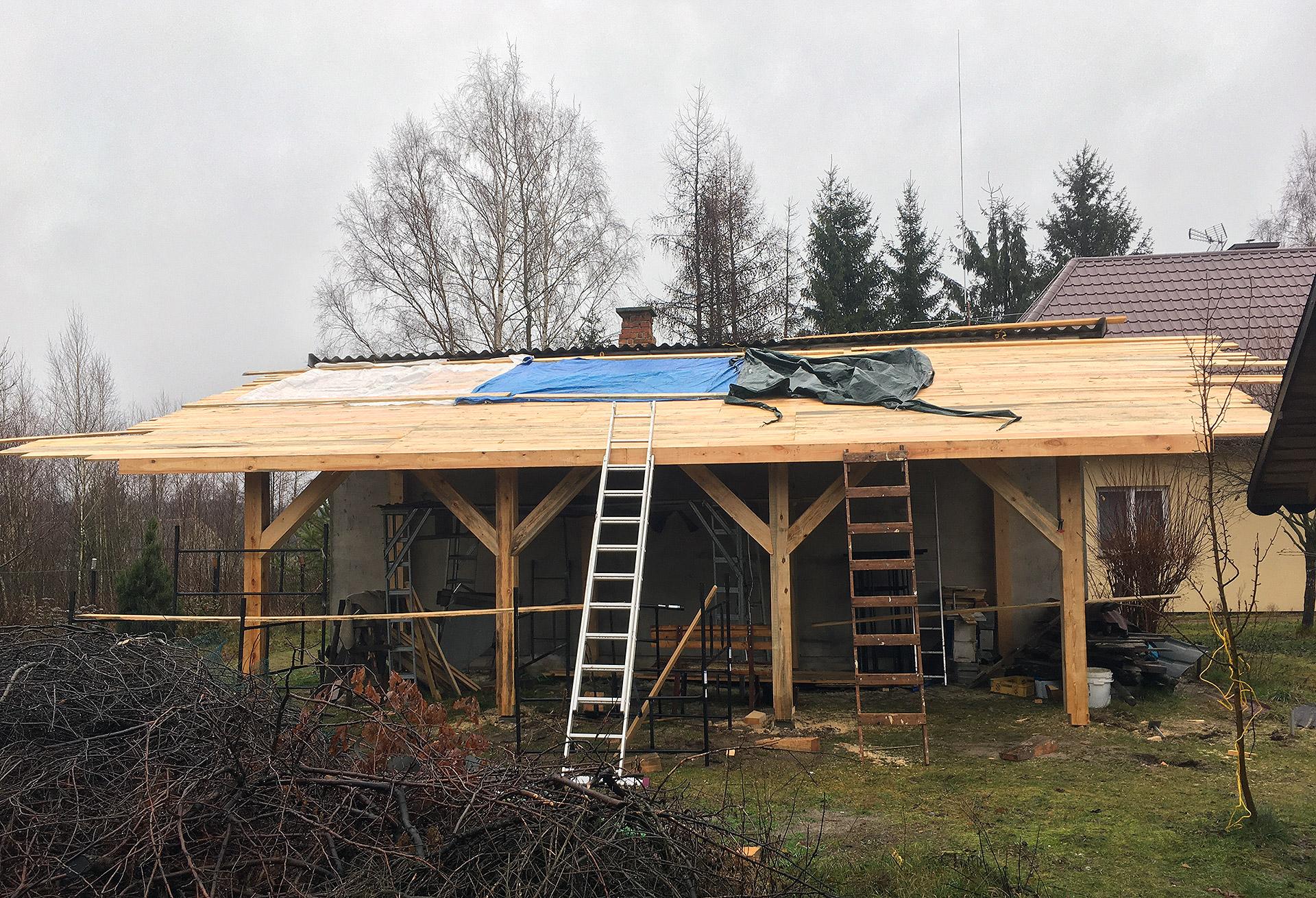 Pełne deskowanie wiaty garażowej. 1,5m3 dla dachu 50m2.